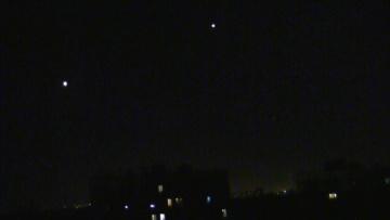 НЛО в небе над Москвой. Выстраиваются в небе в виде различных фигур